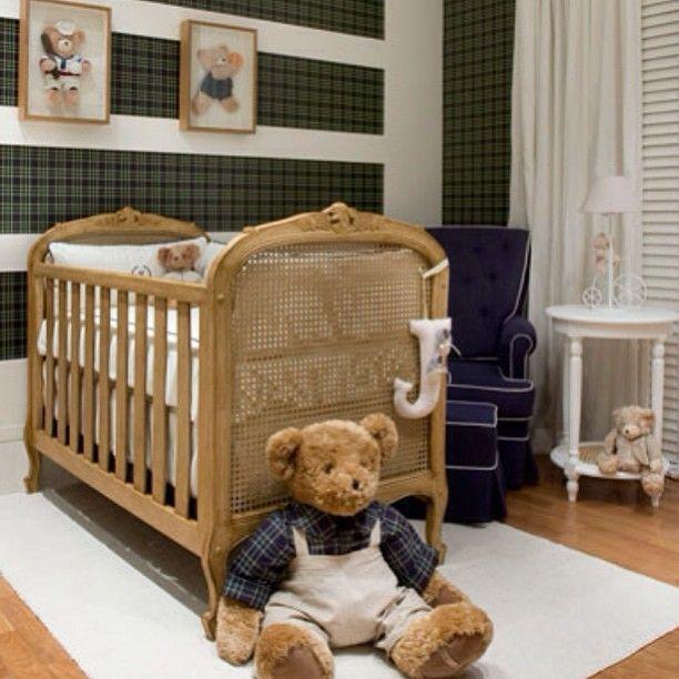 inspiração para quarto de menino: madeira + xadrez. By @instadecorando