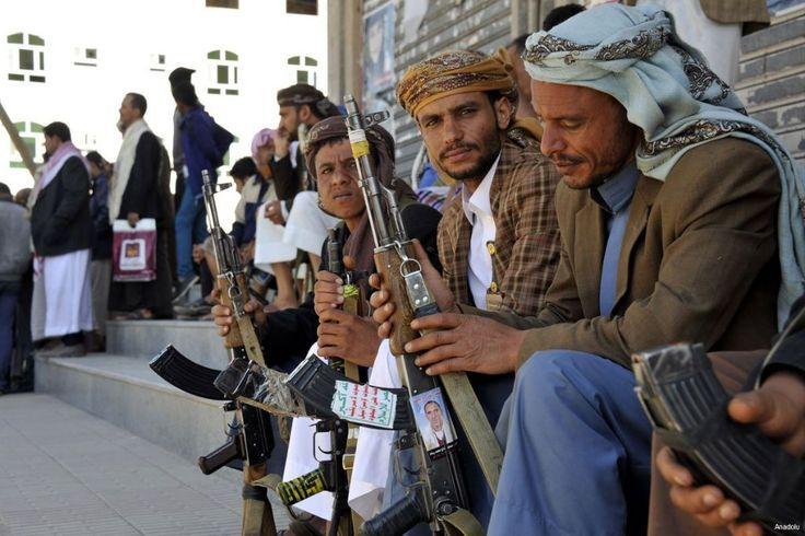 Syiah Houtsi culik wartawan Yaman  SANA'A (Arrahmah.com) - Yusif Ajlan mantan editor situs oposisi Yaman Al Masdar Online telah diculik oleh pemberontak Syiah Houtsi.  Beberapa sumber mengatakan kepada MEMO bahwa mantan editor situs berita online diculik dari luar rumahnya di ibukota Sana'a pada 15 Oktober.  Al Masdar Online telah diserang secara konstan oleh pemberontak Syiah Houtsi sejak situs itu mengatur kudeta mereka pada September 2014. Beberapa wartawannya telah menjadi target dan…