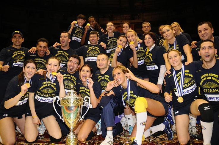 Fenerbahce Women Volleyball Team, Sarı Melekler