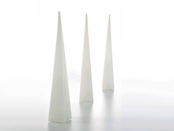 Download the catalogue and request prices of Pirámide by Gandia Blasco, floor lamp design José Antonio Gandía-Blasco, Làmparas collection