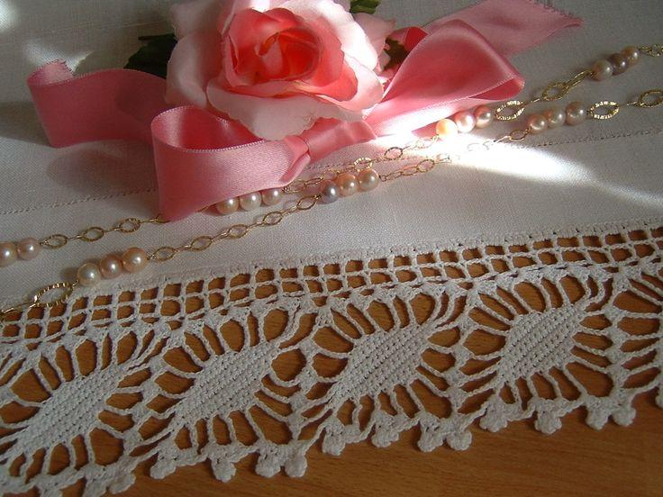 Pizzo per bordura all'uncinetto con i rombi fioriti. Bordo da applicare. Pizzo crochet. Su ordinazione. : Tessili e tappeti di i-pizzi-di-anto