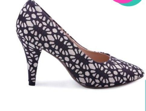 Mercedes Campuzano zapatos colombianos