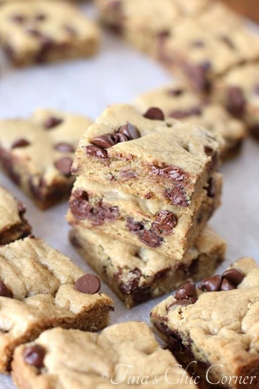 Chocolate Chip Cookie Bars...I'm obsessed!  tinaschic.com