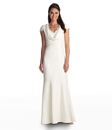 Does this look familiar? ;) Get this Pippa-imitation gown for a steal!
