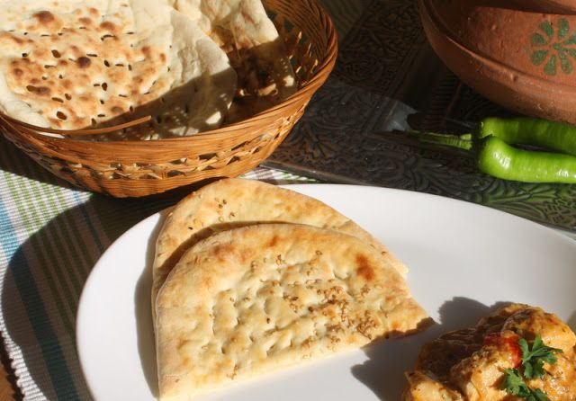 Schee Culina: Making naan without tandoor....