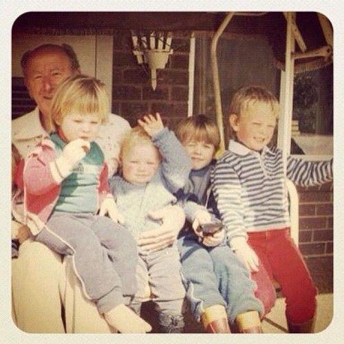 Chris and Liam Hemsworth childhood photo (I'm guessing ...