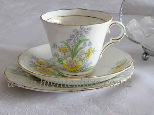 Colclough Fine Bone China Patt.-No6589. Lovely soft yellow floral cup set for hire
