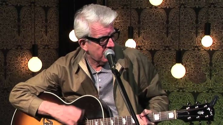 Nick Lowe - Cruel to be Kind (Acoustic) Interesting how Nick Lowe aged since the 1970's.