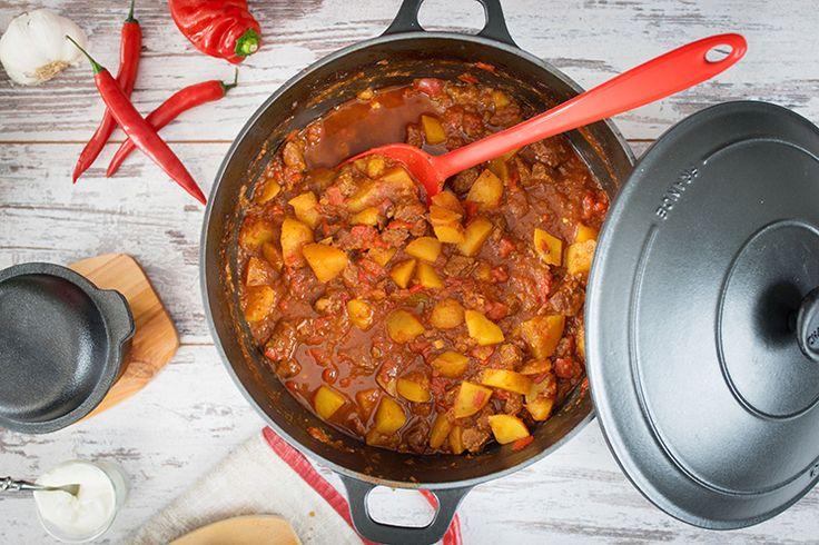 Sallys Blog - Rindergulasch mit Paprika und Kartoffeln