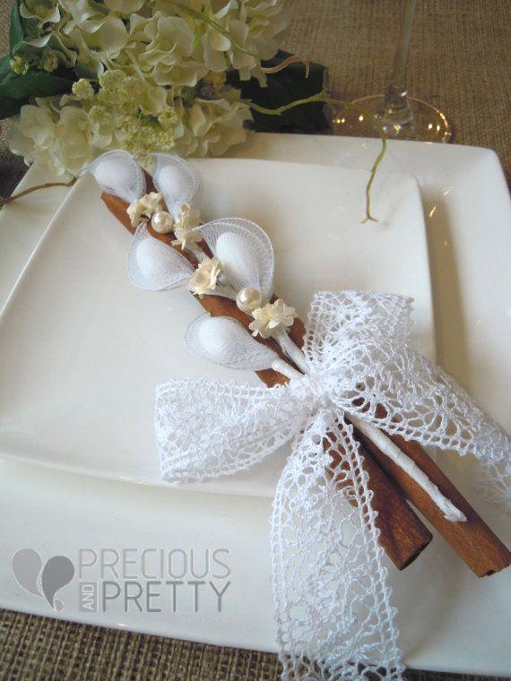 50 Vintage Style Wedding Favors with Cinnamon Sticks on Etsy, 115,00€