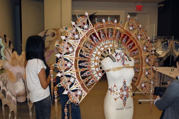Sneak Peek: My Friend Jenny Manik Mercian's Victoria's Secret Fashion Show Designs 2011/ wings