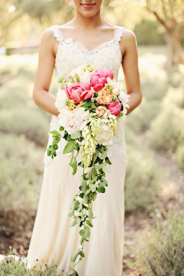 Best of 2013 -  best bouquet by Simply Bouquets (phorto by Brandi Smyth Photography)