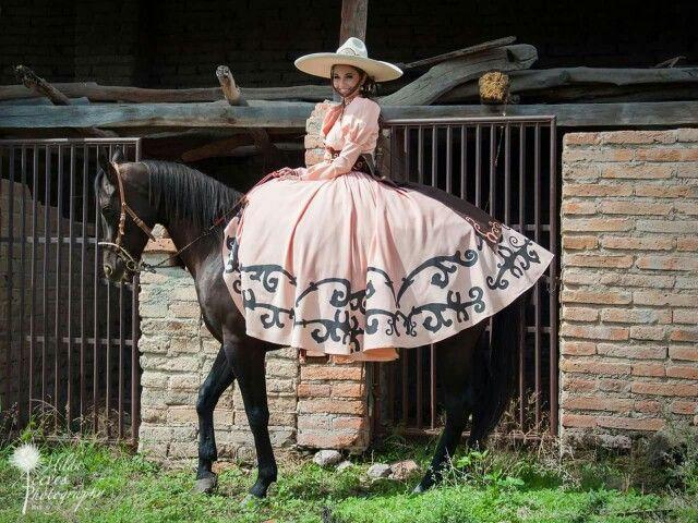 Tenamaxtlan Jalisco Mexico #vestido #escaramuza #charra  tradicion mexicana -
