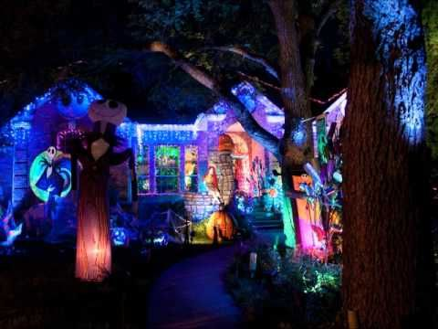 my personal favorite youtube halloween house