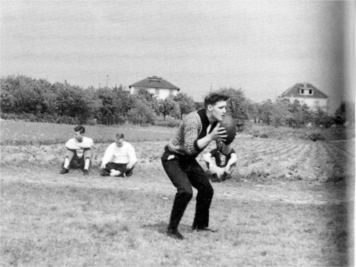 17 Best images about Elvis 1959 review vol.3 on Pinterest ...