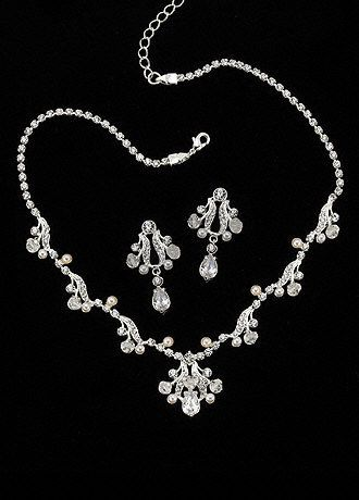 72 best Wedding day jewelry images on Pinterest Pearl necklaces
