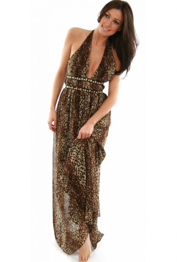 Maxi Dress, I would love to walk around the house in something like this! Sexy thing
