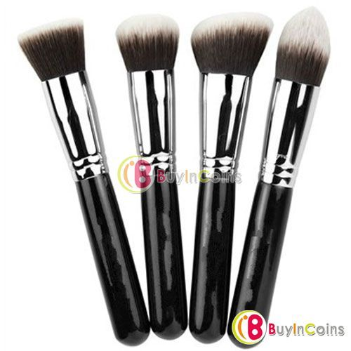 Silver Soft Synthetic Large Cosmetic Blending Foundation Makeup Brush 01 -- BuyinCoins.com