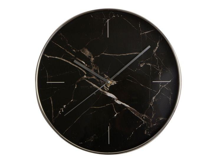 Zegar ścienny o średnicy 30,5 cm a`la marmurowy. Zegar wykonany z tworzywa, tło tarczy w kolorze marmurowym. Wskazówki metalowe. Piękny zegar do kuchni, na korytarz lub do gabinetu. Zegar w stylu nowoczesnym.