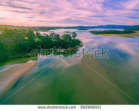 https://www.shutterstock.com/image-photo/aerial-view-wallagaraugh-river-mouth-goat-682906021?src=m5MlXyGSHOpDJ5ynEhRYfQ-16-94