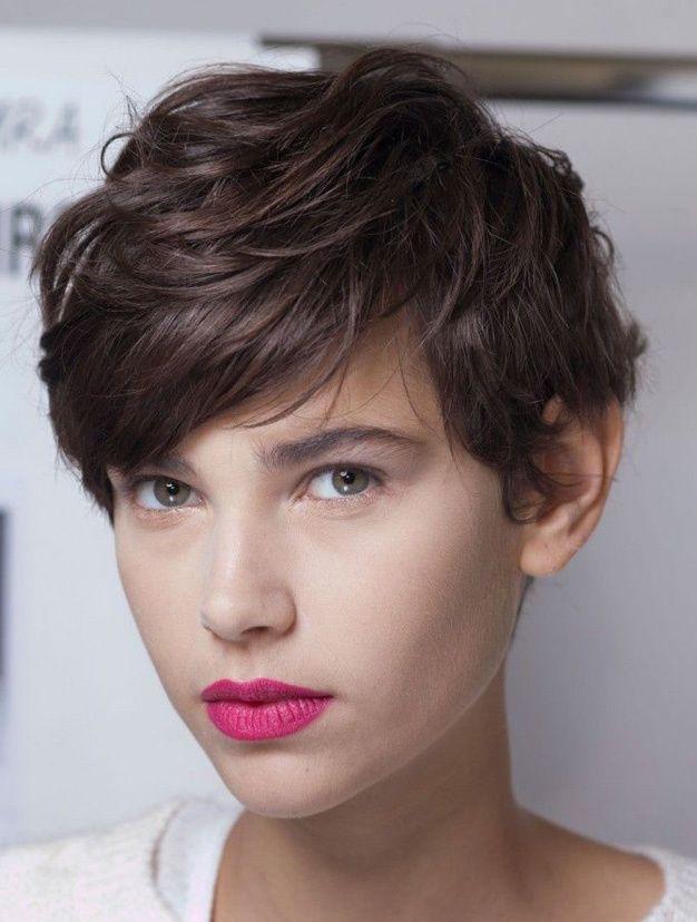 Les plus belles coupes courtes vues sur Pinterest Coupe cheveux courts garçonne: