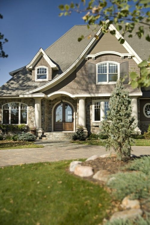 If I can't have a Arts and Crafts house, or a cottage I would take a Turdor for sure.
