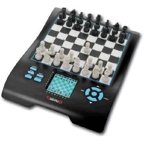 Millennium Chess Master II - Electronic Chess Computer - Chess Computer - Chess-House