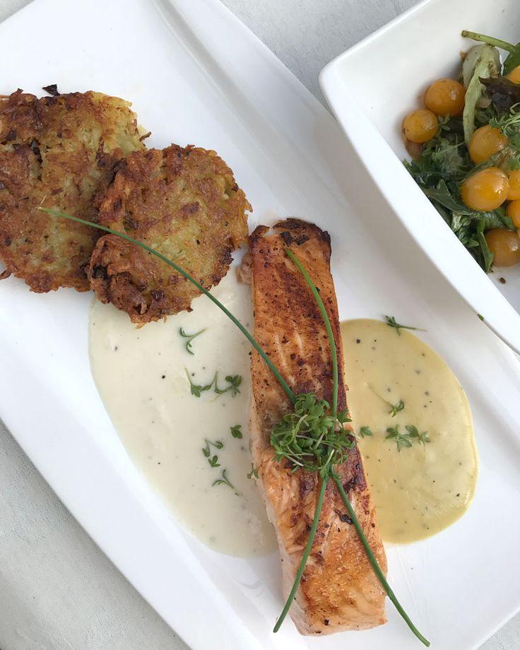 Lachs mit 2 Saucen und Rösti