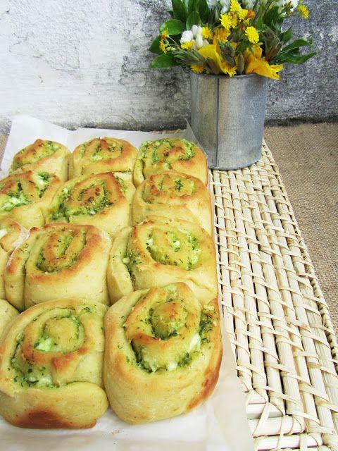 Ananás e Hortelã: enroladinhos de pesto e queijo fresco