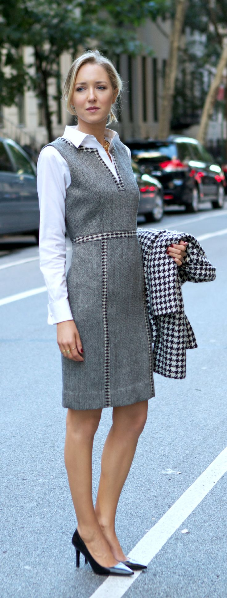 The Classy Cubicle: Mastering the Jumper {tory burch, brooks brothers, herringbone, houndstooth, winter work wear}