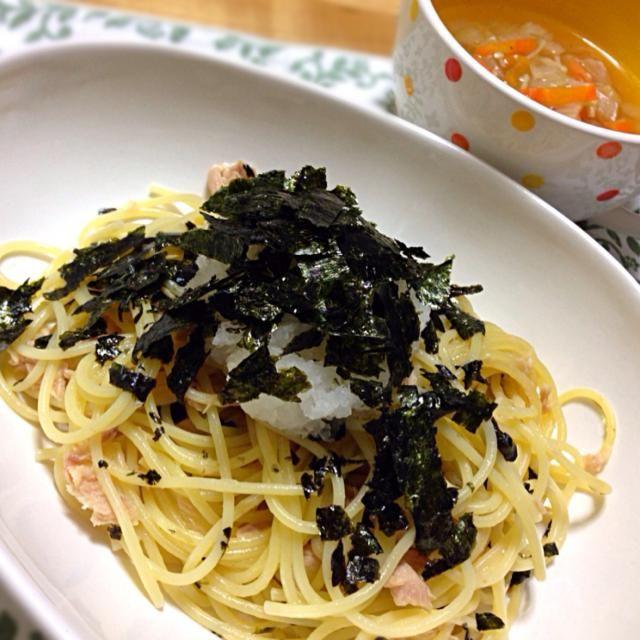 野菜スープは、 玉ねぎ、人参、白菜、ベーコン、えのきだけ - 90件のもぐもぐ - ツナおろしスパゲティ と 野菜スープ by koich