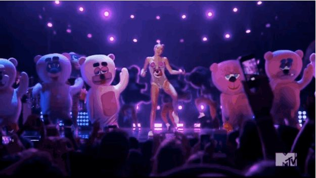 The 15 Weirdest And Craziest Moments From Miley Cyrus' VMA Performance <---- Miley have several seats