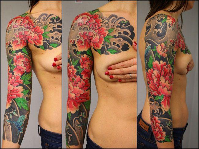 les 25 meilleures id es concernant tatouage pivoines sur pinterest tatouages de fleurs de. Black Bedroom Furniture Sets. Home Design Ideas