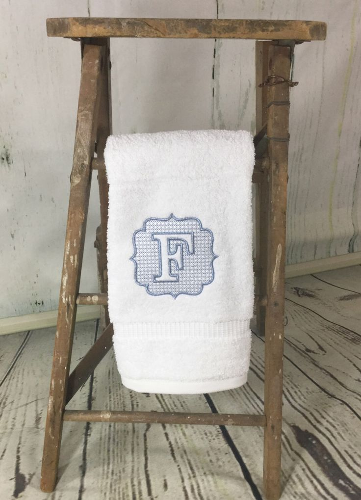 Monogrammed hand towel - Monogrammed bath towels - Embroidered bath towels - Monogrammed towels - Vintage monogram - Decorative towels - Bath towels - Housewarming gift - Hostess gift - Wedding gift - Towels - Rustic home decor - Elegant decor