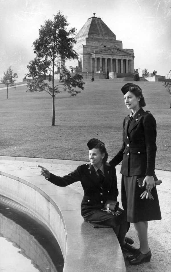 American Army nurses stationed in Melbourne, Australia during WWII ~ photographed at the Shrine of Remembrance