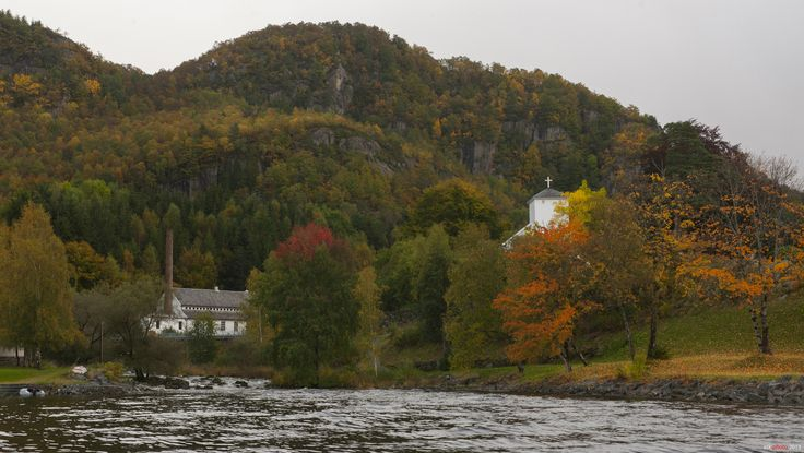 Painting the autumn...Hjelmeland Church & Spinning Mill | Flickr - Photo Sharing!