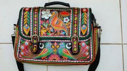 Rizwan Beyg's truck art bag is just a must have item for the Paki metro man! Image Courtesy: Rizwan's twitter #fashion #style #menswear #manbag #satchel #messnger bag #truckart #pakistan #fbloggers http://wp.me/p2E0fA-Mt