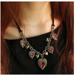 Корейская версия ретро-крыло крыльях любви Сердце Ангела Кожа мульти рубиновое ожерелье короткий параграф
