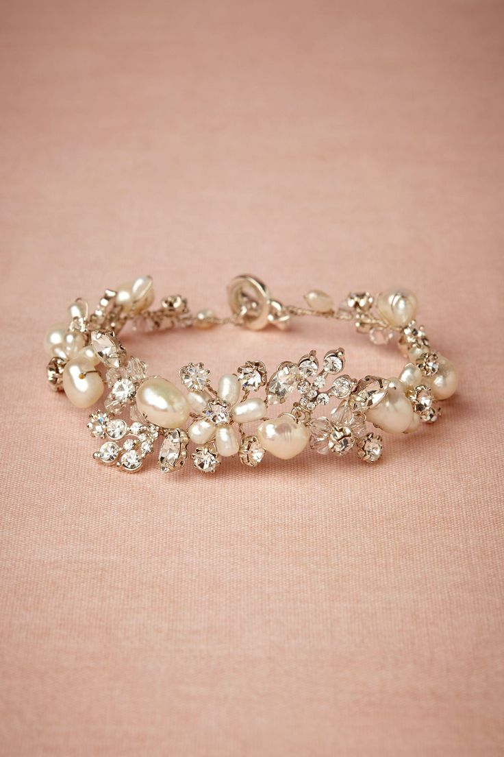 Gorgeous bracelet! I love bracelets ... want this to wear when one of my children gets married