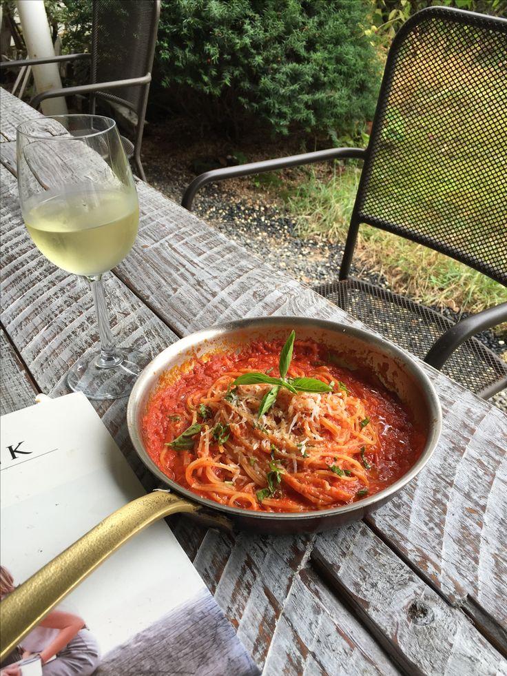 lunch tomato pasta