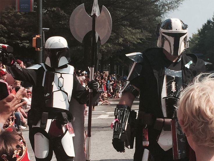 9-DCon_Parade_2015.jpg (1280×960)