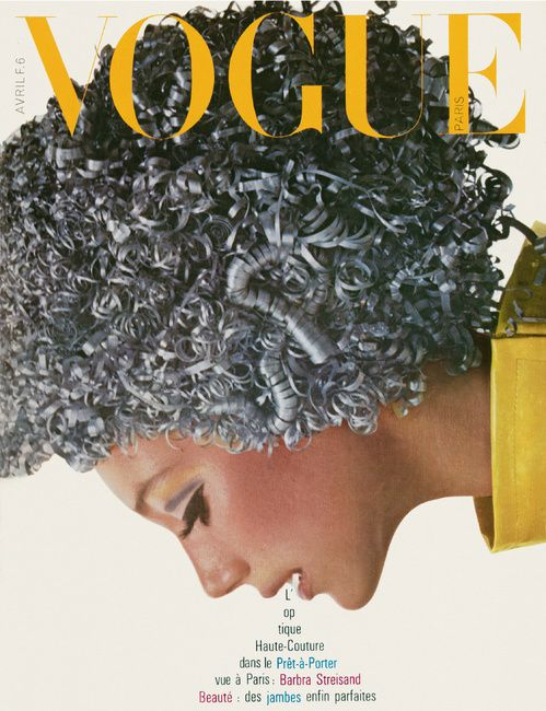Le numéro d'avril 1966 de Vogue Paris par Richard Avedon
