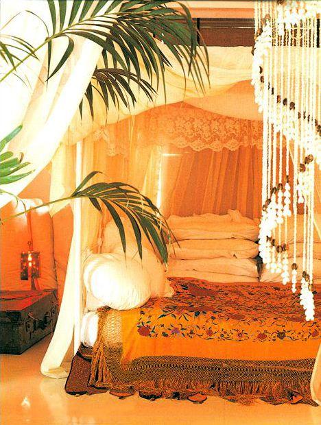 *Bohemian Bedroom* Repin Via: MilagrosMundo ☮ Inspire ❤ Belief ☼ Enjoy