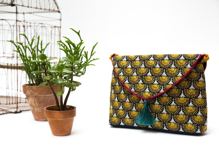 Jamini by Usha Bora- 10th arrondissement. lively prints on totes, scarves, cushions, quilts.