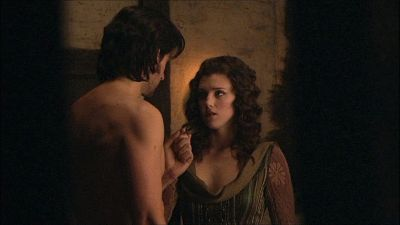 I know he was bad, but I always wanted him to be good! Guy and Marian in the firelight animated GIF.