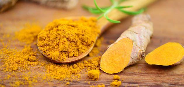 A GCA 2700 készítményben található kurkuma egyben fűszer és gyógynövény. Indiai sáfrányként is emlegetett növény hazája Ázsia, Kína és az indiai szigetek. Indiában már évezredek óta ismerik és használják, innen indult világhódító útjára, innen kereskedők által jutott be Európába. Az élet fűszerekén tartják számon, így nem csoda, hogy gyógynövényként még sokoldalúbb.
