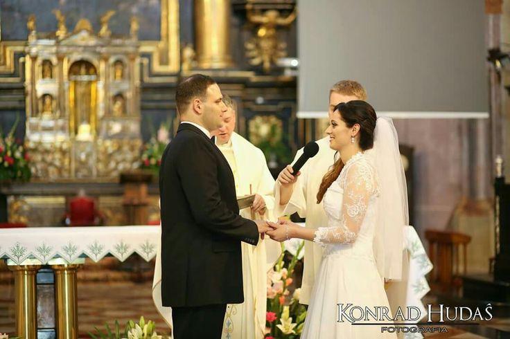 Katarzyna i Dariusz wypowiedzieli sobie dzisiaj sakramentalne TAK. #fotografslubny #fotograflublin #katedralublin #katedrawlublinie