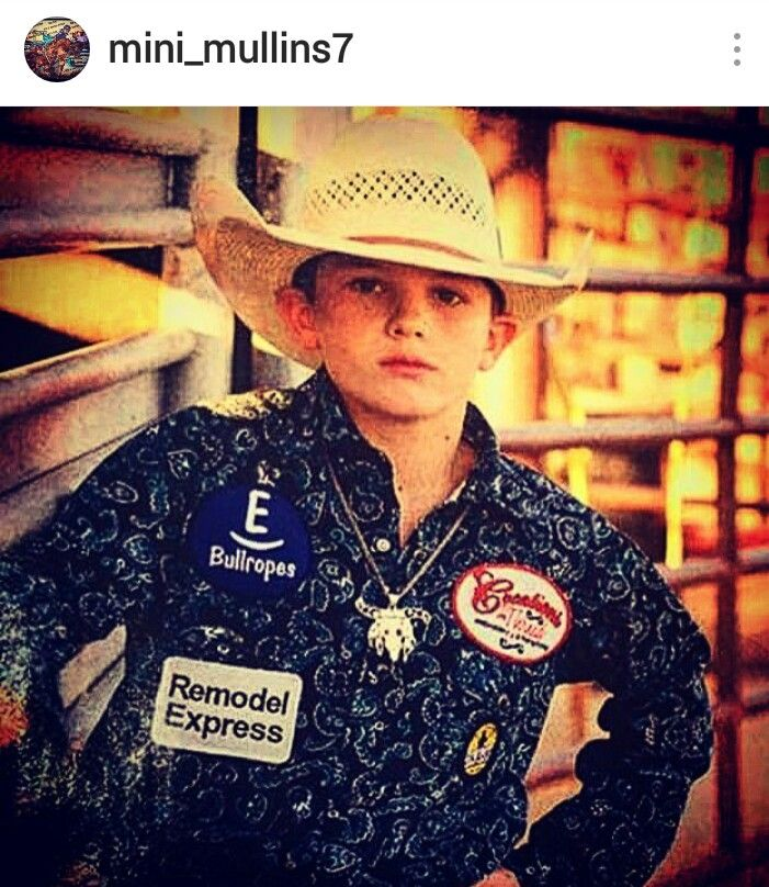 Make sure to follow this Up & coming Bull Riding Rodeo STAR Rider Avery Mullins On FACEBOOK TEAM Cowboy Coffee Chew