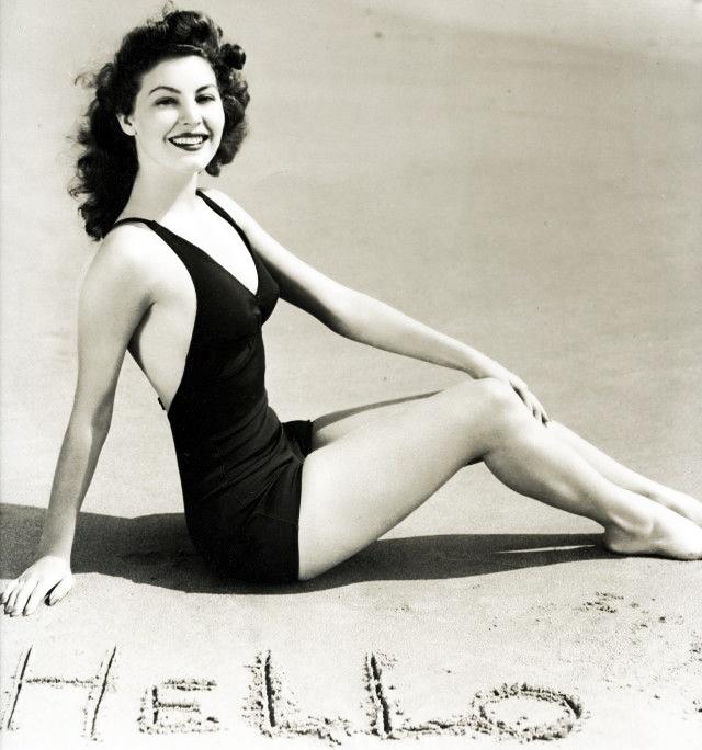 Ava Gardner 1940's: Hollywood Dame, Ava Gardner Mi, Gardner 1940 S, Posts, Gorgeous Faces, Gardner 1940S, 1945 Ava, Gardner 1940 8217 S, Awesome Ava