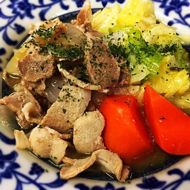 3月10日夕食メニュー ⚫︎豚肉とキャベツのポトフ風 ⚫︎イタリアンサラダ ⚫︎トマトスープ - 8件のもぐもぐ - 豚肉とキャベツのポトフ風 by 下宿hirota&メゾンhirota